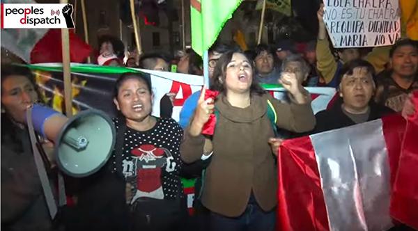 Yerli halk, Southern Copper'ın Areqipa'da kurmayı planladığı 1.4 milyar dolarlık Tia Maria bakır madenini 2010'dan bu yana protesto ediyor. Şu an protestolar yoğunlaşmış durumda.